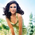 Jennifer-Connelly_net-worth_modeling_acting